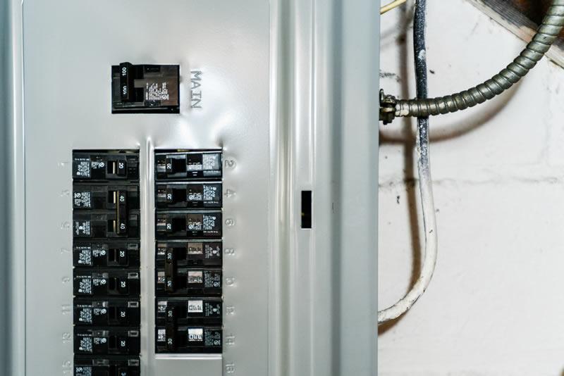 Disjuntor N 227 O Passa Corrente O Que O Eletricista Deve Fazer
